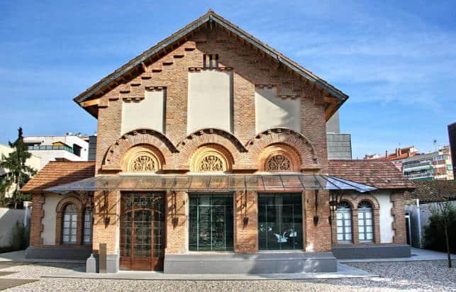 maas_rent_a_car_museo_arte_cerdanyola